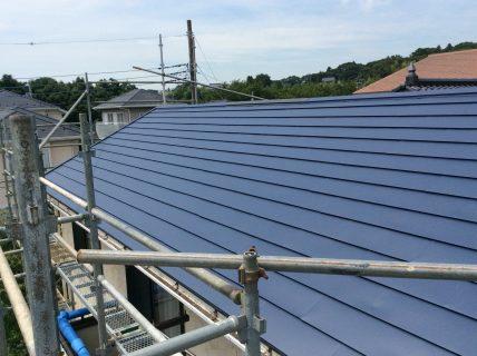 屋根材の種類と塗装時期を知ろう!