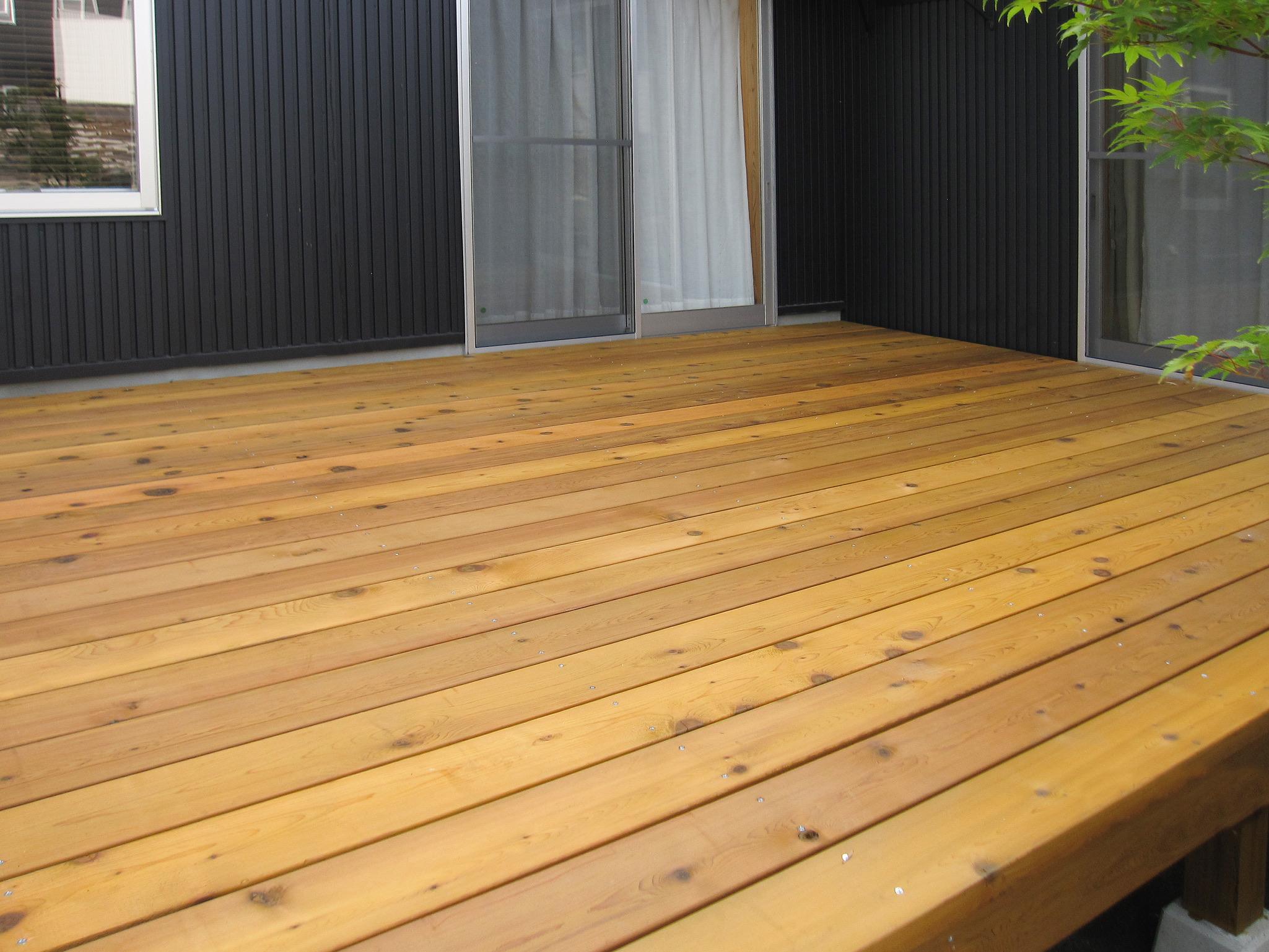 木材塗装はメンテナンスがとても重要⁉︎