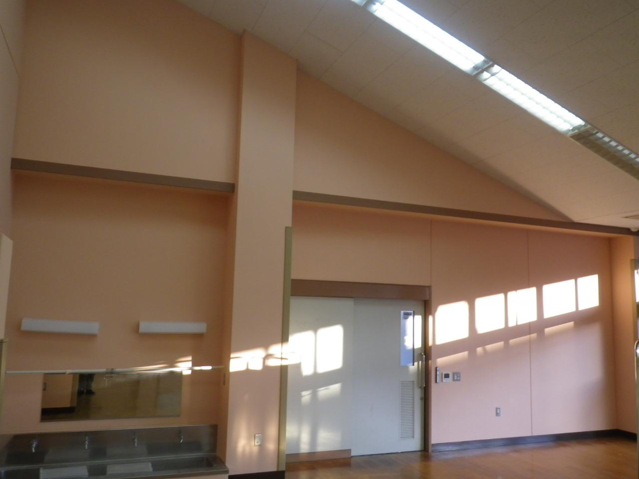 【vol.28公共工事】施設室内壁・巾木塗装工事